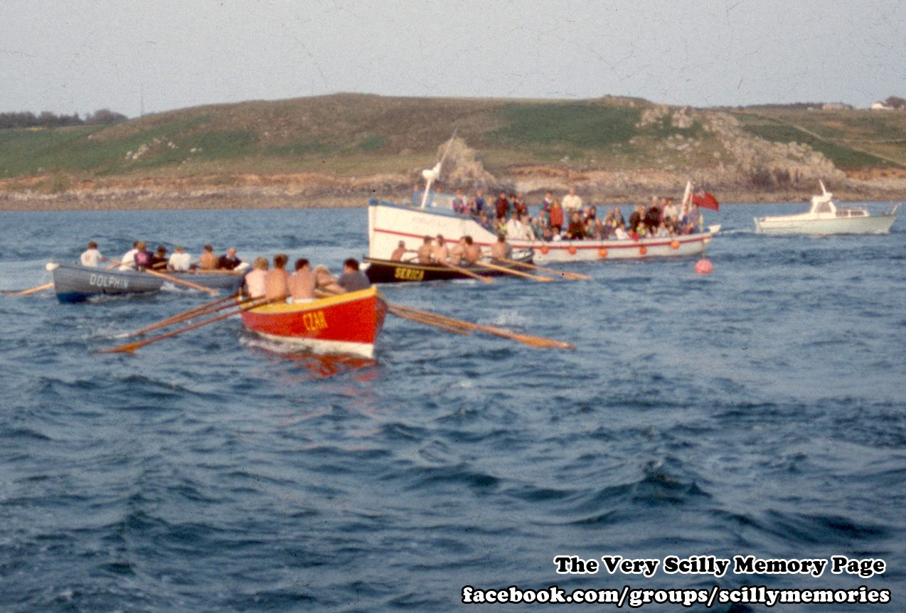 1992, Gig Race, Serica, Dolphin, Czar, Scilly, Historical Picture, Photograph