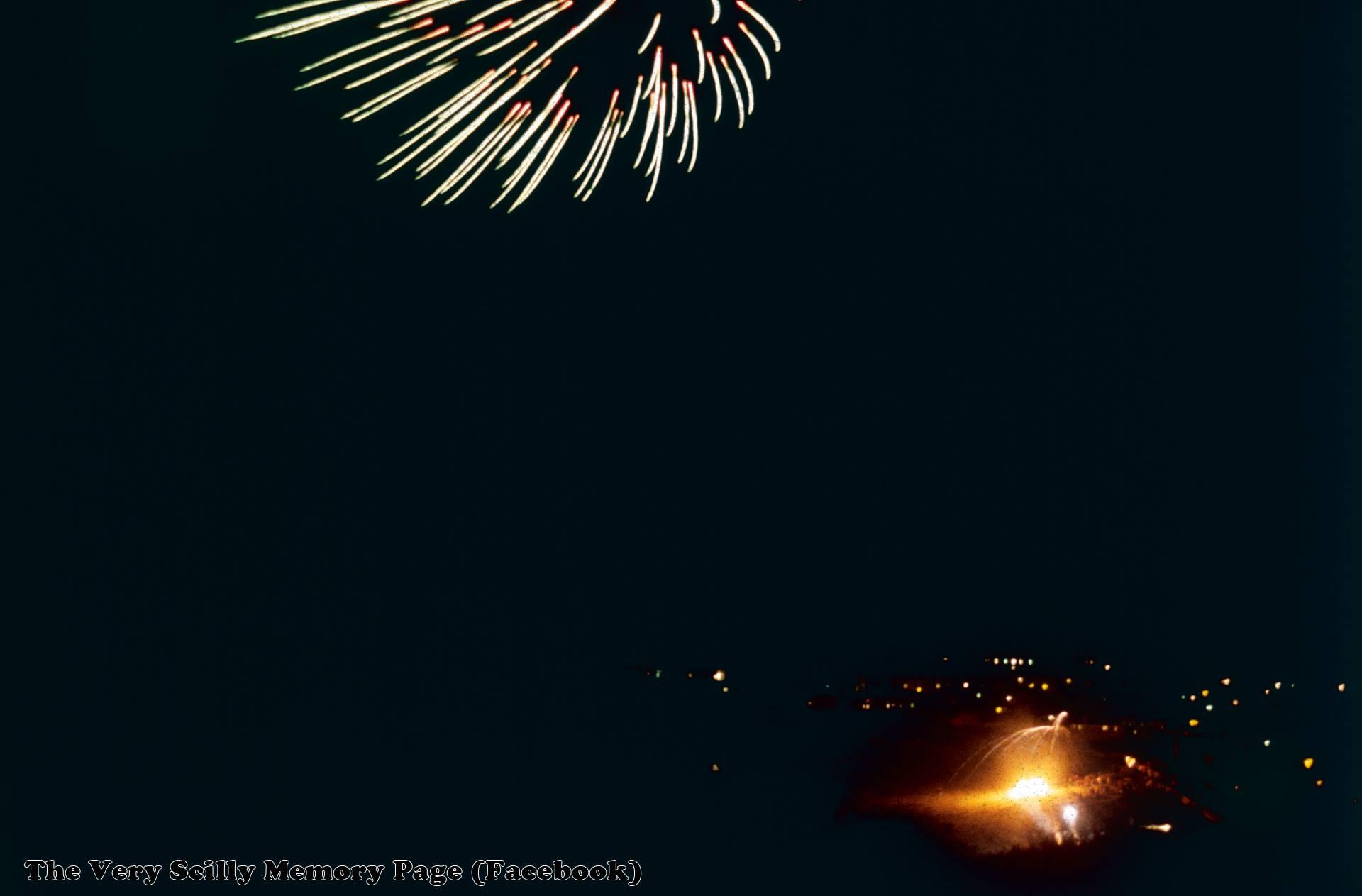1993, Bonfire Night, Porthcressa, St Mary's, Scilly