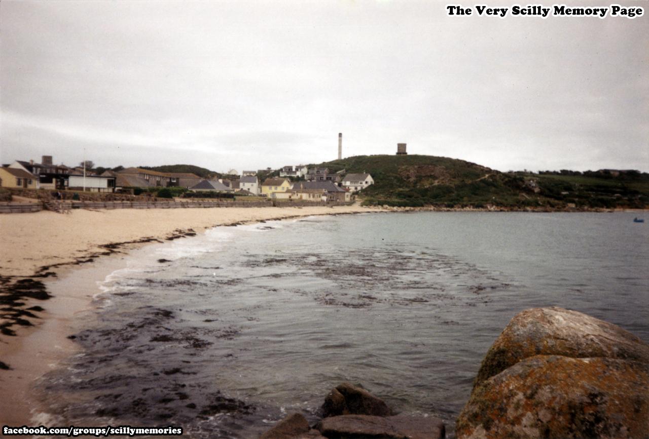 1994, Porthcressa, Wooden Sea defences, St Mary's