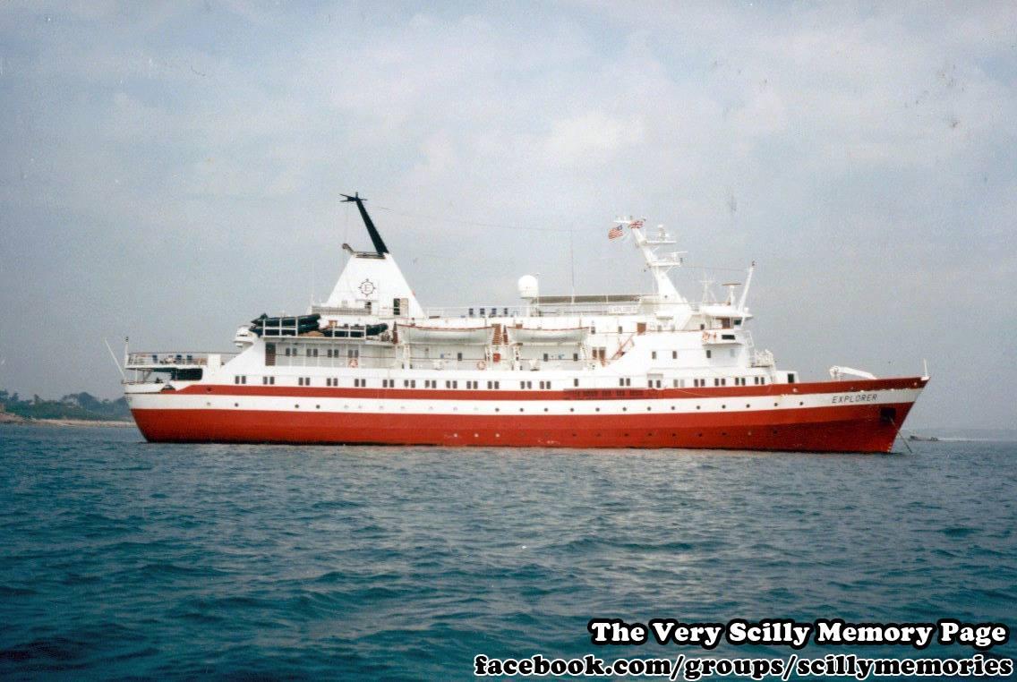 1995, MV Explorer Visits Scilly 5