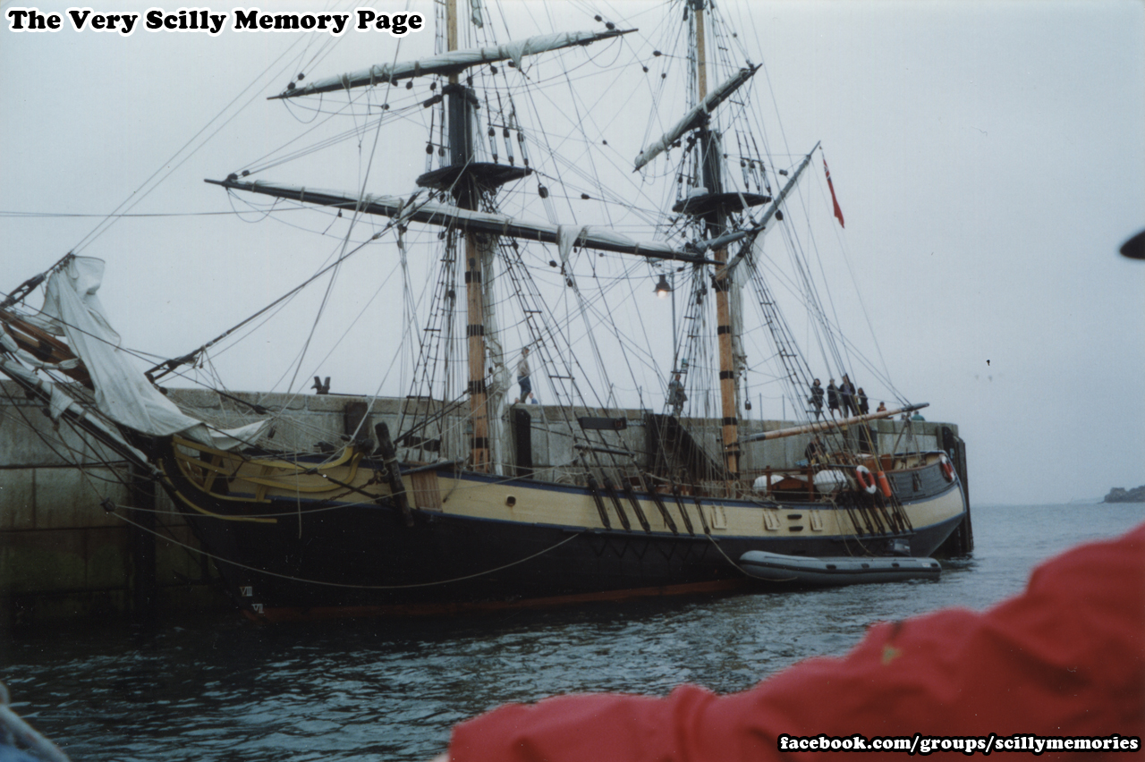 1998, Pheonix, Portsmouth Moored, St Mary's, Scilly, Historical Photo