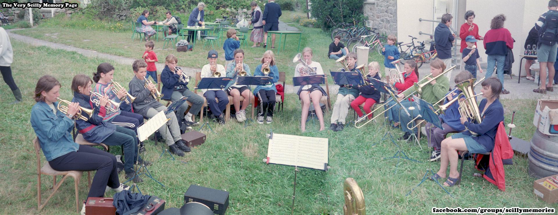 1998, Tresco Fete, Carn Thomas Secondary School band